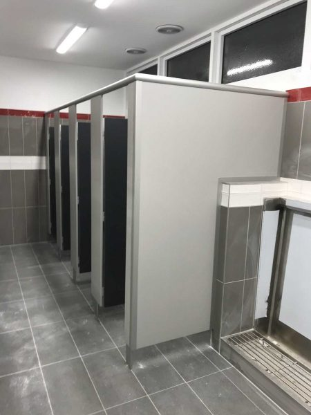 saber shower partitions